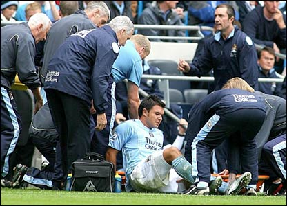 Valeri Bojinov receives treatment