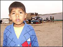 Niño damnificado en Pisco