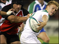 Rod Snow (left) gets to grips with Dwayne Peel at the 2003 World Cup
