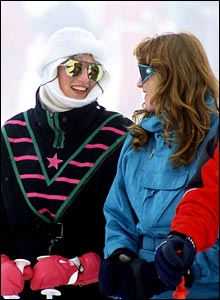 Diana, Princess of Wales and The Duchess of York attending an official photo call during their ski holiday in Klosters, February 1987. (Photo by Terry Fincher/Getty Images)