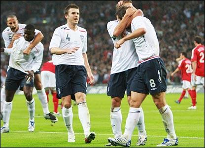 England celebrate Frank Lampard's goal