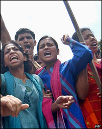 Students of Dhaka University protest in Dhaka