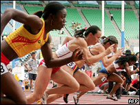 Atletas realizan prácticas en Osaka