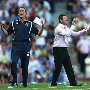 West Ham boss Alan Curbishley and Wigan boss Chris Hutchings