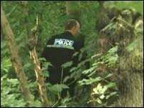 Police search Dam Wood