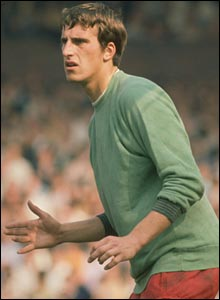 Ray Clemence in action for Liverpool