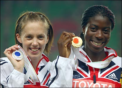 Sanders and Ohuruogu proudly display their medals