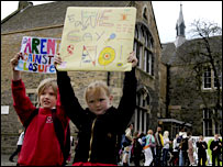 children protesting, pic by Deadline Scotland