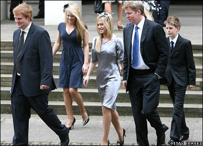 Spencer family arrive at the service