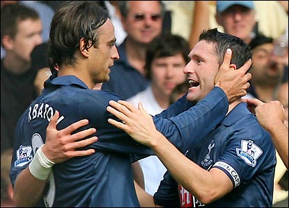 Berbatov and Keane celebrate the second goal