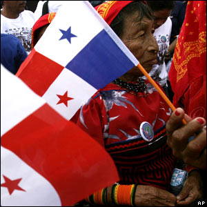 A Panamanian surrounded by national flags