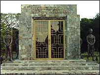 Mausoleo de Torrijos.