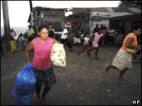 Bilwi residents evacuating before the arrival of Hurricane Felix