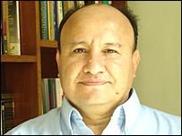 Carlos Macías.