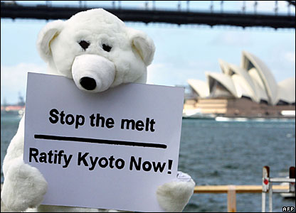 A Greenpeace activist dressed as a polar bear in Sydney 05/09/07