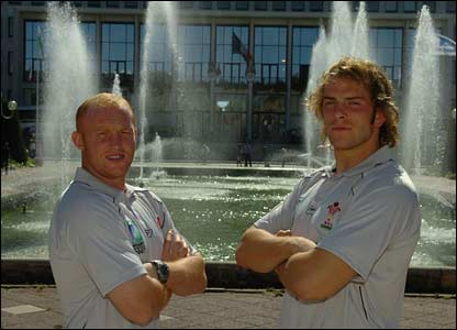 Martyn Williams and Alun Wyn Jones in front of City Hall in St Nazaire