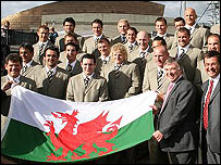 Ieuan Wyn Jones with the Welsh World Rugby Cup squad in Plaid Cymru's picture