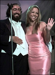 Luciano Pavarotti with Mariah Carey in 1999