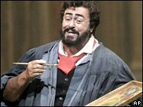 Luciano Pavarotti in Tosca in 2004