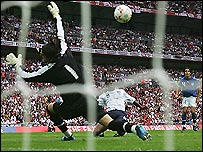 England winger Shaun Wright-Phillips puts England ahead against Israel in his side's 3-0 win at Wembley