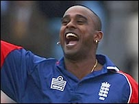 Dimitri Mascarenhas bowled impressively as England clinched a one-day series win over India