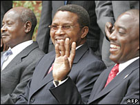 Mr Museveni (L), Tanzanian leader Jakaya Kikwete and Mr Kabila