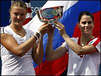 Dinara Safina and Nathalie Dechy