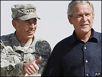 Gen David Petraeus (L) with President Bush during a trip to Iraq (3 September)