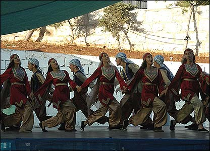 Traditional Palestinian dancers (Photo: Martin Asser)