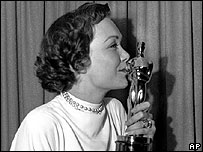 Jane Wyman with her Oscar in 1949
