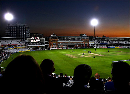 Middlesex take on Derbyshire under floodlights at Lord's