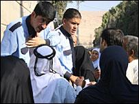 Iraqis queue at UNHCR centre in Damascus, Syria (photo Andrew North)