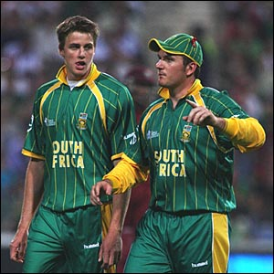 South Africa captain Graeme Smith and Morne Morkel (left)