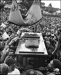 Steve Biko's coffin carried by anti-apartheid activists