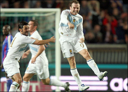James McFadden celebrates