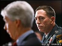 Ambassador Ryan Crocker (l) and Gen David Petraeus