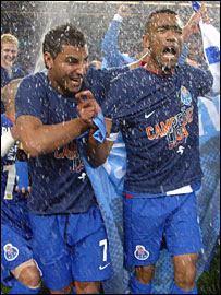 Porto celebrate their 2007 title success