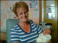 Agnes Orr with granddaughter Rachel