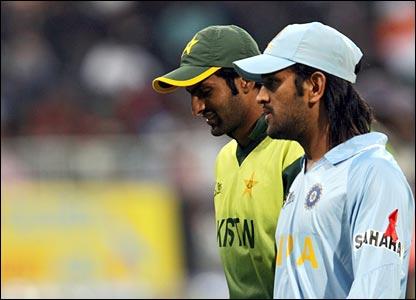 Shoaib Malik and Mahendra Singh Dhoni