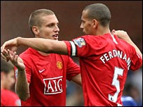 Nemanja Vidic celebrates his winner for Man Utd with Rio Ferdinand