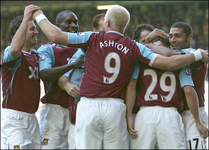 West Ham celebrate Dean Ashton's goal