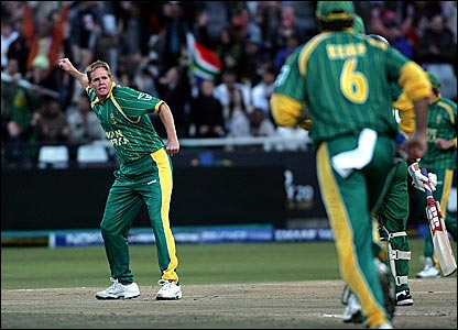 Shaun Pollock celebrates taking a wicket for South Africa