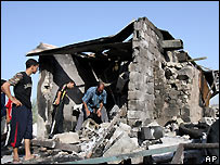 Baghdad bakery destroyed in car bombing - 16/09/2007