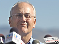 Larry Craig announces his resignation - 1/9/2007