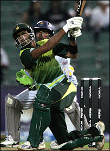 Shoaib Malik hits out