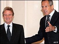 Bernard Kouchner and Sergei Lavrov