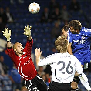 Andriy Shevchenko equalises for Chelsea