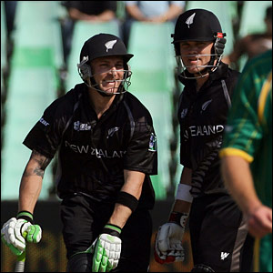 New Zealand openers Brendon McCullum and Lou Vincent