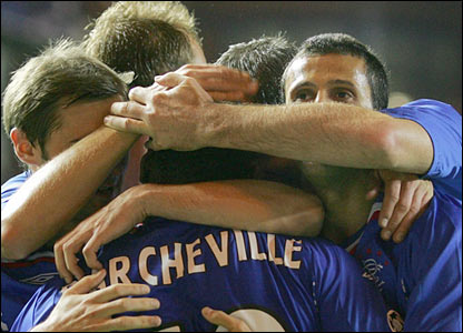 Rangers celebrate Jean Claude Darcheville's winner