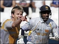 Brett Lee gets the ball rolling by ousting Sanath Jayasuriya